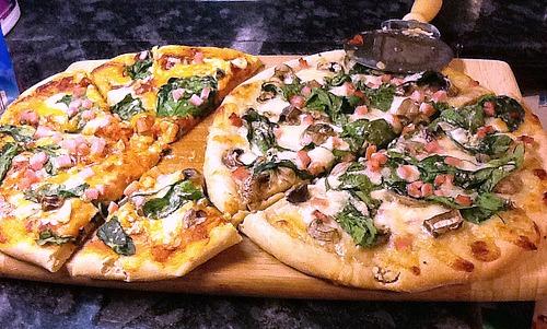 Safeway pizza dough = not bad