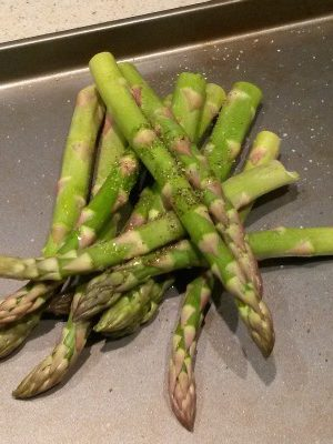 What To Eat Thursday — Pretending It's Spring Asparagus Edition!
