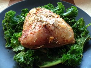 chicken-on-bed-of-kale-5