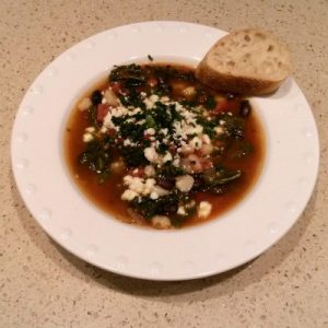 soup-bowled-with-bread