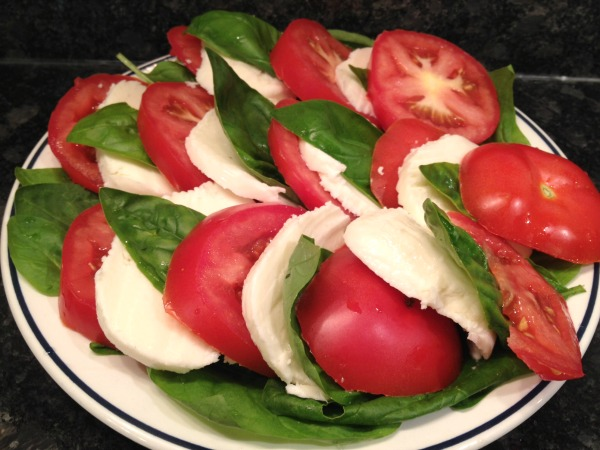 layer-your-cheese-tomatoes-basil
