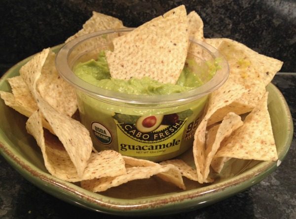 cabo-fresh-guacamole-and-chips