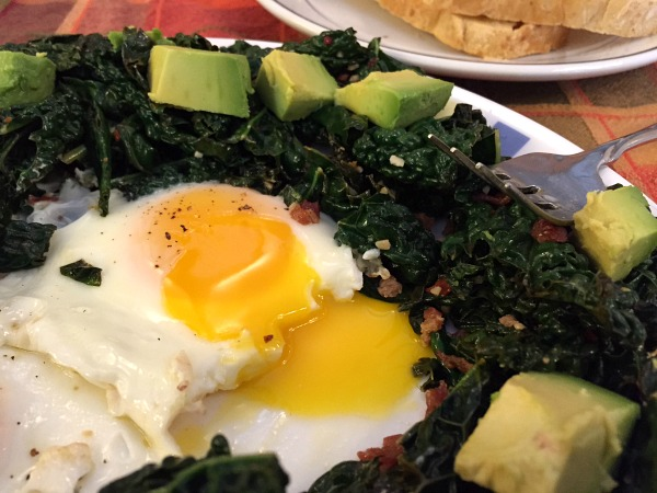 kale-avocado-eggs