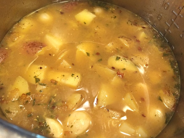 cooked-potatoes-in-broth