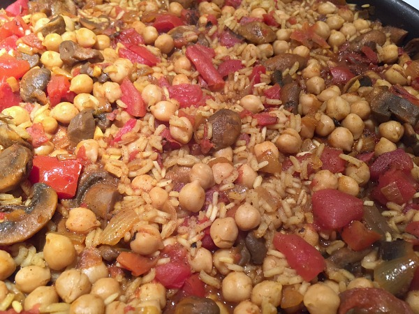 pan of rice and chickpeas