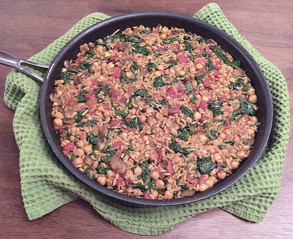 skillet of curried chickpeas