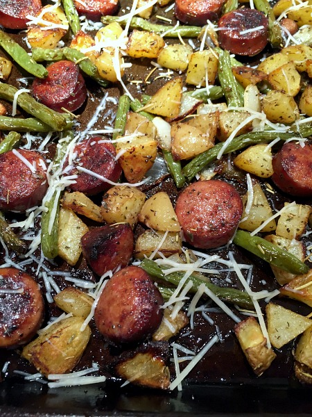 sheet pan sausage, green beans, and potatoes
