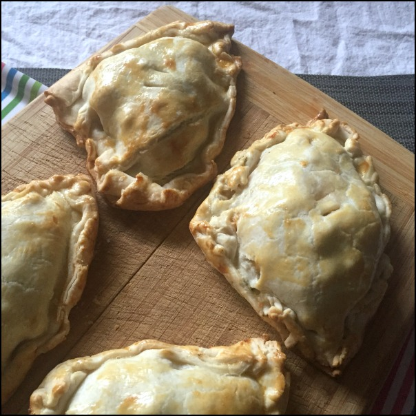 What a great way to use up leftover cooked chicken! These chicken broccoli cheddar hand pies are super filling, and super comforting on a cool fall day