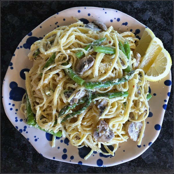 Easy vegetarian Greek Yogurt Lemon Linguine with Asparagus & Mushrooms works well either for pasta night or for Meatless Monday -- and this 30 minute weeknight dinner recipe just feels so spring-y, doesn't it?!