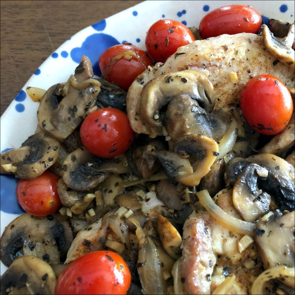 skillet pork chops with mushrooms & tomatoes