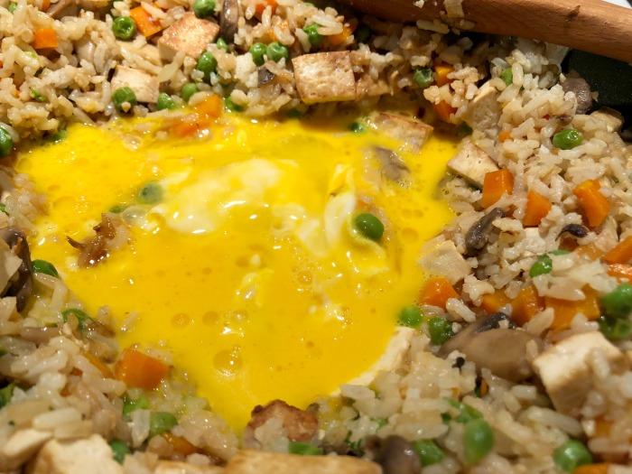 egg in center of fried rice
