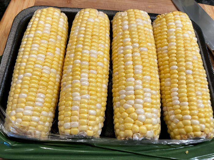 corn cobs on a tray