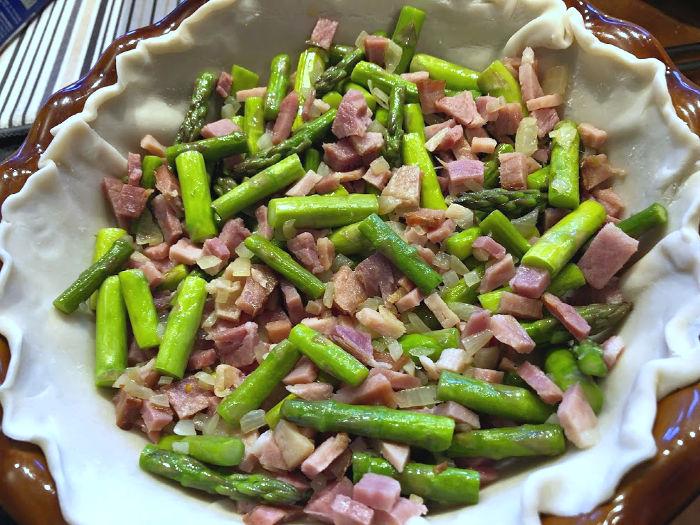 asparagus & ham in pie crust