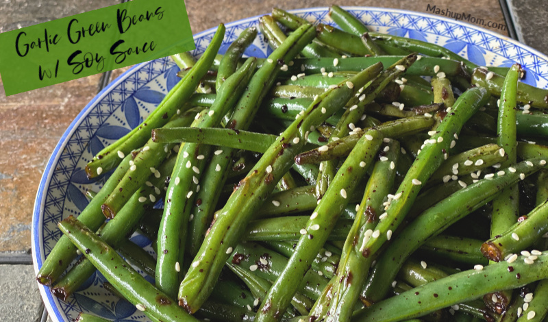 easy garlic green beans with soy sauce, a stir fry side dish