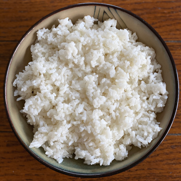bowl of rice -- how to make rice on the stove top