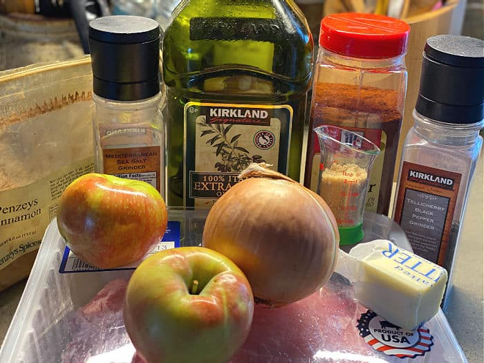 pork chops with apples and onions ingredients