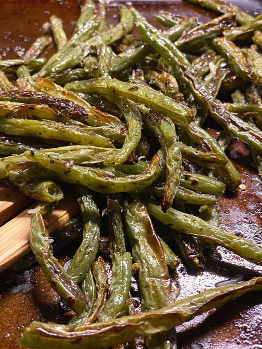 finished oven roasted green beans