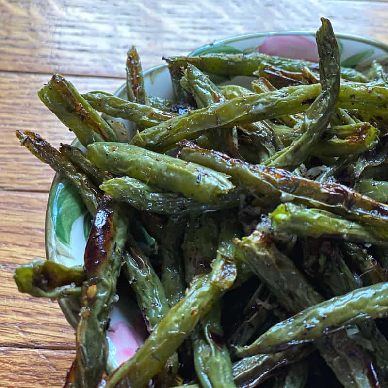 Roasted green beans with thyme and Parmesan