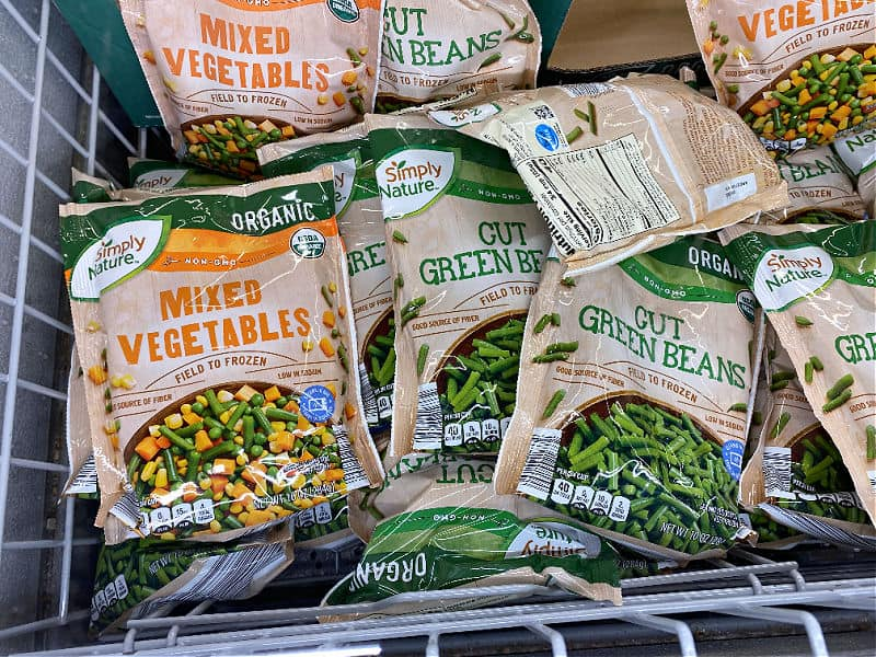organic veggies in this week's ALDI Finds